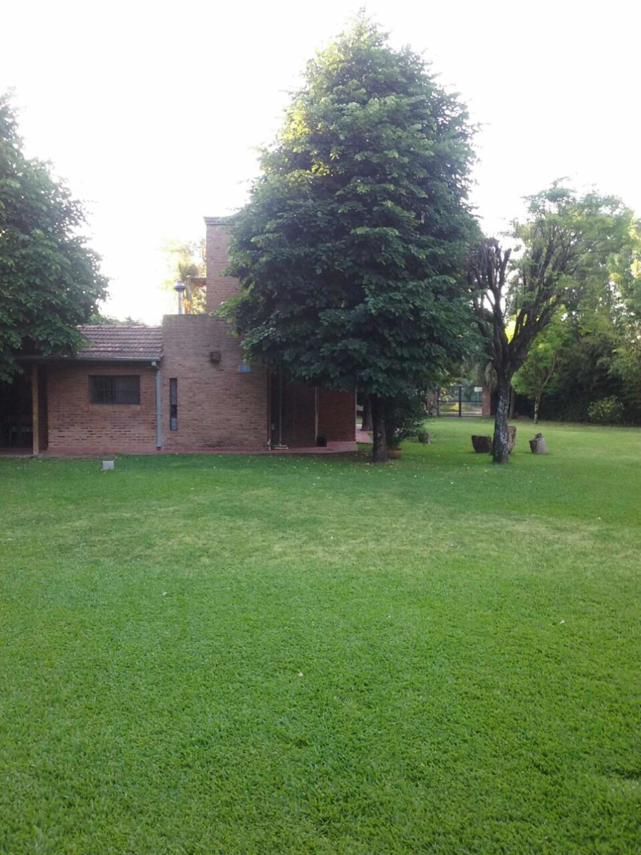 casa francisco alvarez  parque gorriti