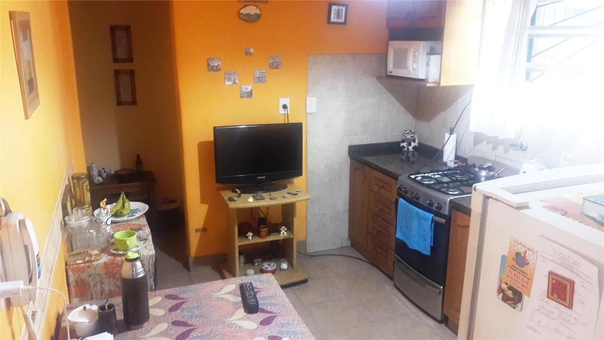 casa frente 4 ambientes