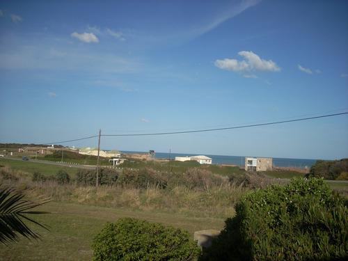 casa frente al mar vista plena acceso a balnearios