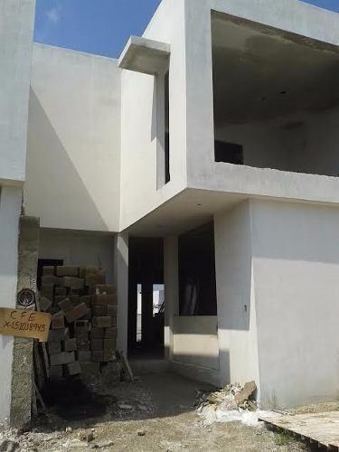 casa fuerte!!!!!!!!! excelente casa en venta nuevecita.