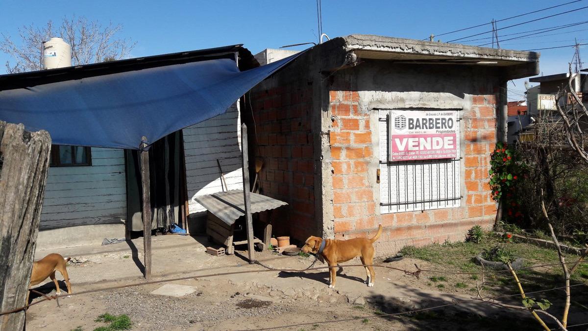 casa g catan bºdorrego s/asfalto y colectivos zona comercial
