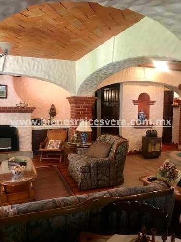 casa gabi en venta en fracc. los claustros tequisquiapan