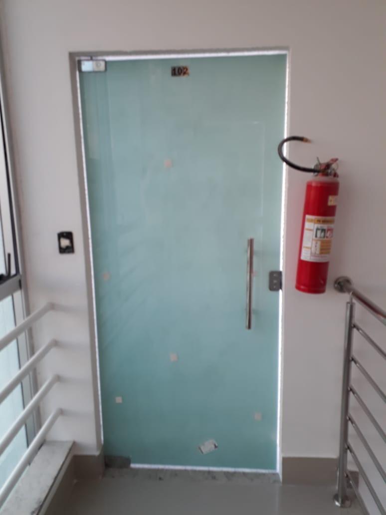casa geminada 02 quartos ipatinga