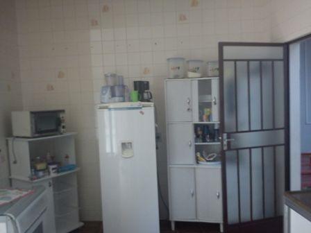 casa geminada, 03 qtos, ótima localização. - 223