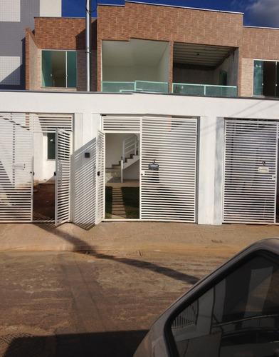 casa geminada 03 quartos com ampla suite