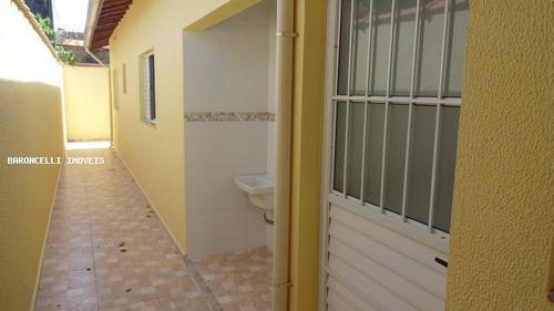 casa geminada a venda em itanhaém, balneário jd. são fernando, 2 dormitórios, 1 suíte, 2 banheiros, 2 vagas - rb 0345
