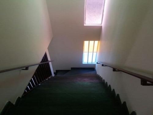 casa geminada com 2 quartos no bairro santa branca. - 1724