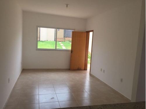 casa geminada com 2 quartos para comprar no central em mateus leme/mg - 802