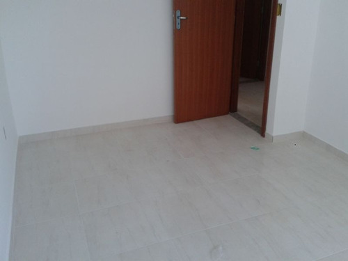 casa geminada com 2 quartos para comprar no tropical em contagem/mg - 1400