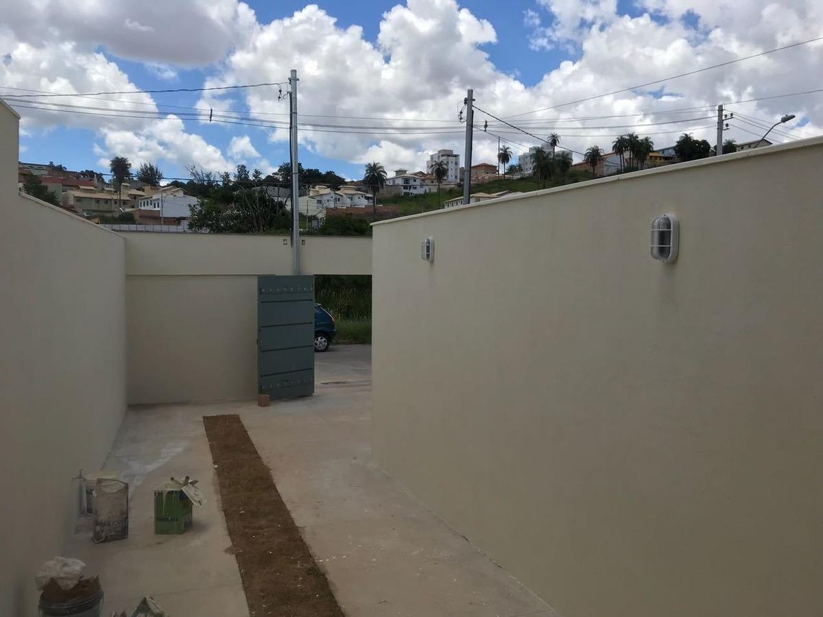 casa geminada com 2 quartos para comprar no vale das orquídeas em contagem/mg - 43403