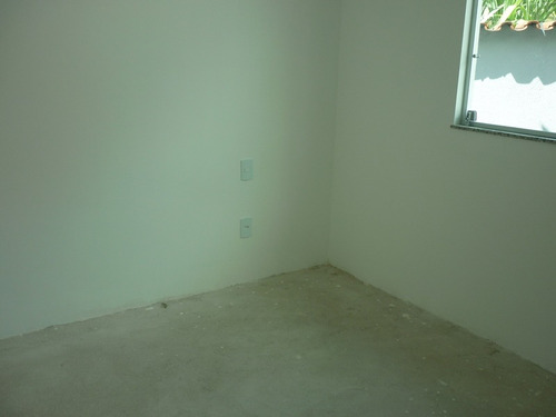 casa geminada com 3 quartos para comprar no heliópolis em belo horizonte/mg - 15683