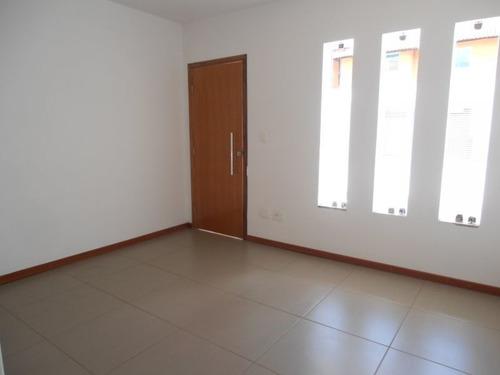 casa geminada individual, três quartos. - 1033