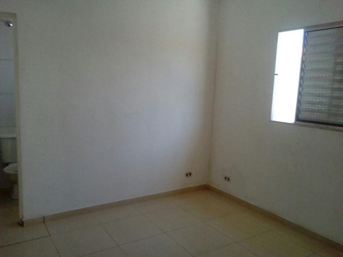 casa geminada, magalhães. 2 dormitórios. ref. 383 e 124 cris