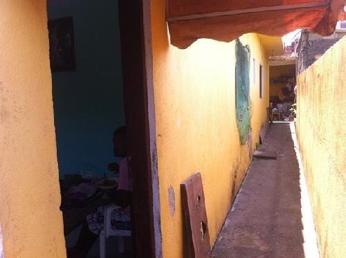 casa geminada no belas artes em itanhaém, ótimo local.