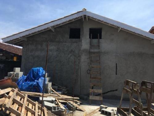 casa geminada no umuarama em itanhaém 1100 metros rodovia