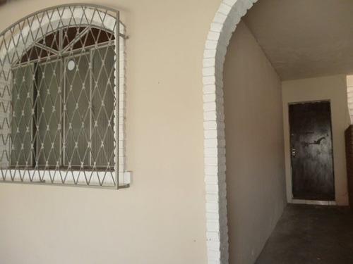 casa geminada novo eldorado 02 quartos, 01 sala, cozinha, varanda, 01 banho com box, 02 vagas. - 1326