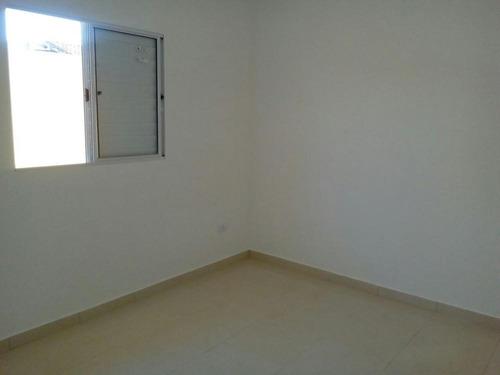 casa geminada à venda com 2  dormitórios. 385 e 122 cris