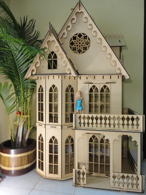 Casa gotica 23 muebles para barbie monster high bratz for Muebles de monster high