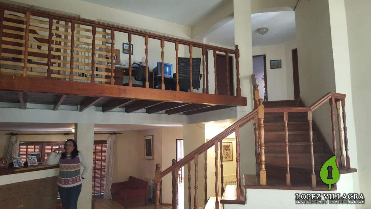 casa grande arguello bien ubicada. ideal vivienda o uso comercial - zona norte córdoba
