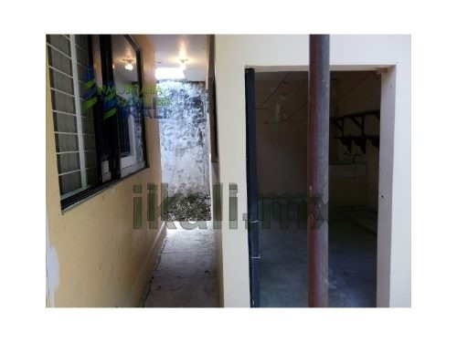 casa grande en renta en tuxpan veracruz ubicada en la calle alvaro obregon # 39 de santiago de la peña, cuenta con 121 m² de construcción y 550 m² de terreno, sala, comedor, cocina integral, 3 recama