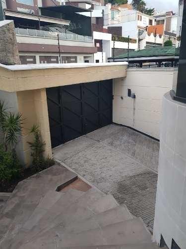 casa grande en venta en calle cerrada