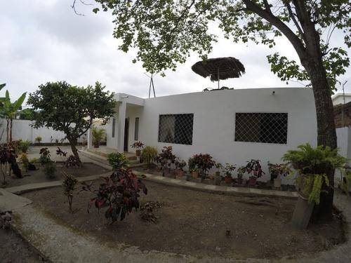 casa grande esmeraldas centro