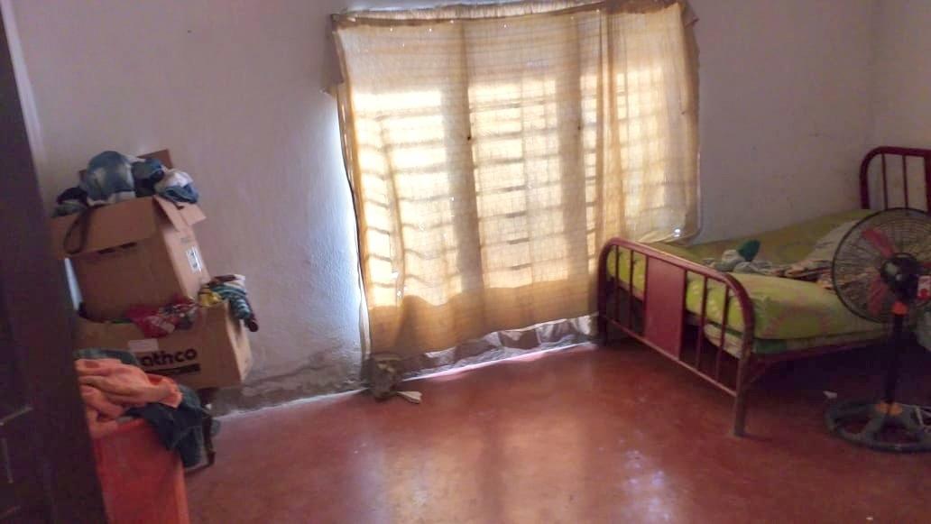 casa grande esquinera en arenal/bolivar a 50 min de c/gena.