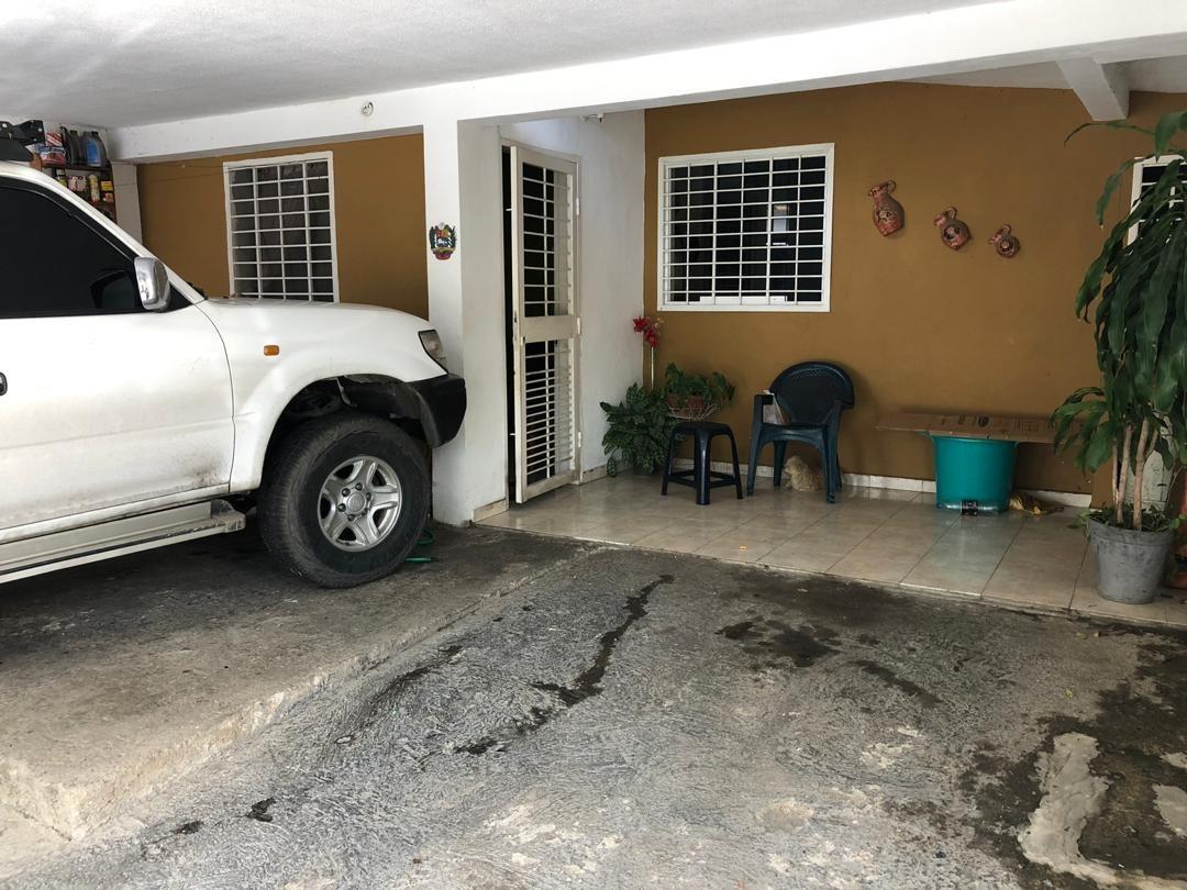 casa guacara los apamates foc 612