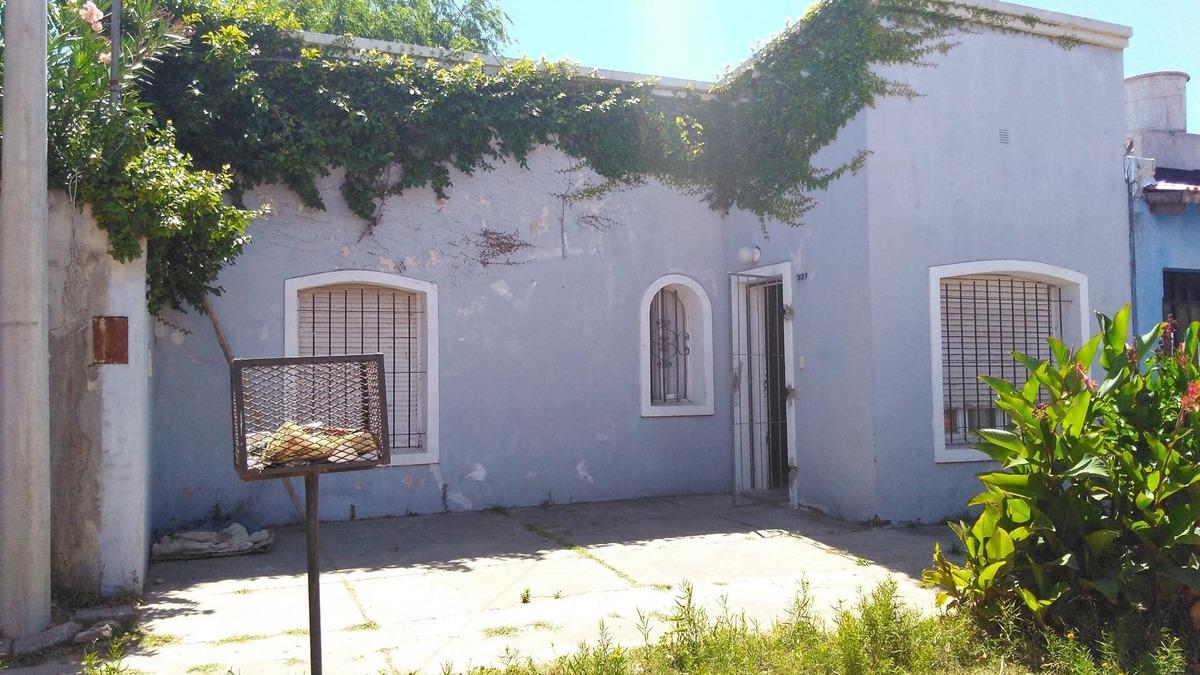 casa gualeguaychú centro o permuto por casa en capital