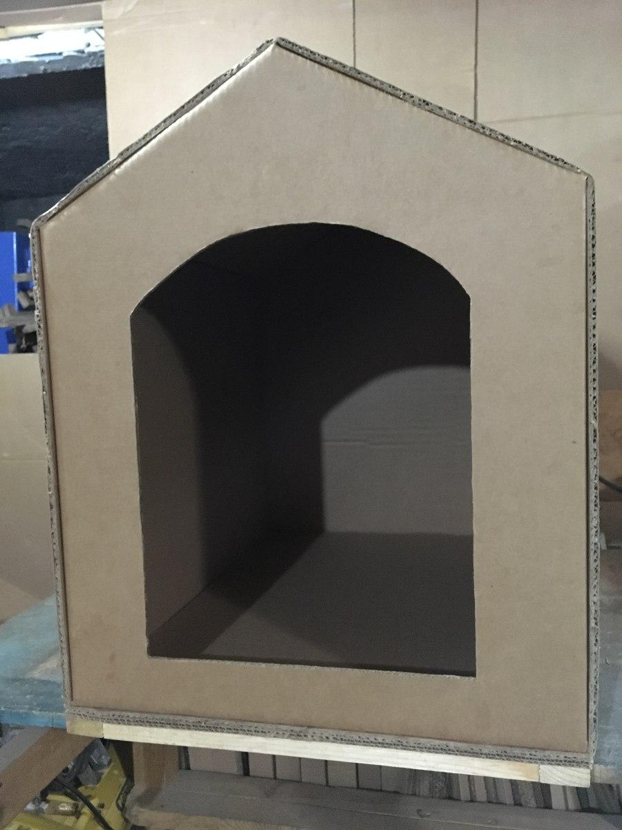 Casa hecha de carton para perro de razas medianas 220 for Construir piscina para perros
