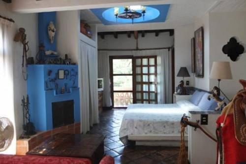 casa histórica que data de 1910, en la mejor zona de chapala, cerca del lago chapala, la plaza chapa