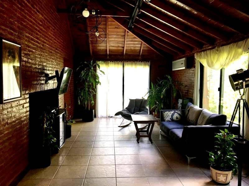 casa impecable en excelente estado en venta en maschwitz privado.