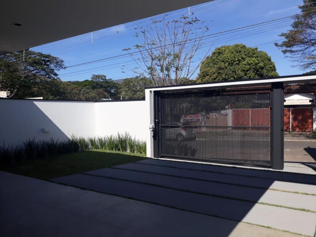 casa impecável com 3 dormitórios à venda, 161 m² por r$ 966.000 - jardim floresta - atibaia/sp - ca0161