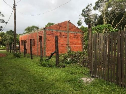 casa inacabada no bairro bopiranga