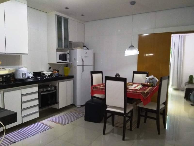 casa independente, bairro santa monica. 3 quartos 1 suite. 2 vagas paralelas. - 2338