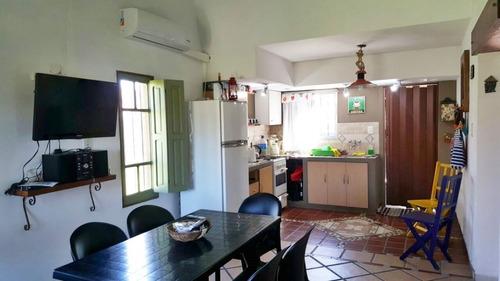casa independiente - 80 nº 1253