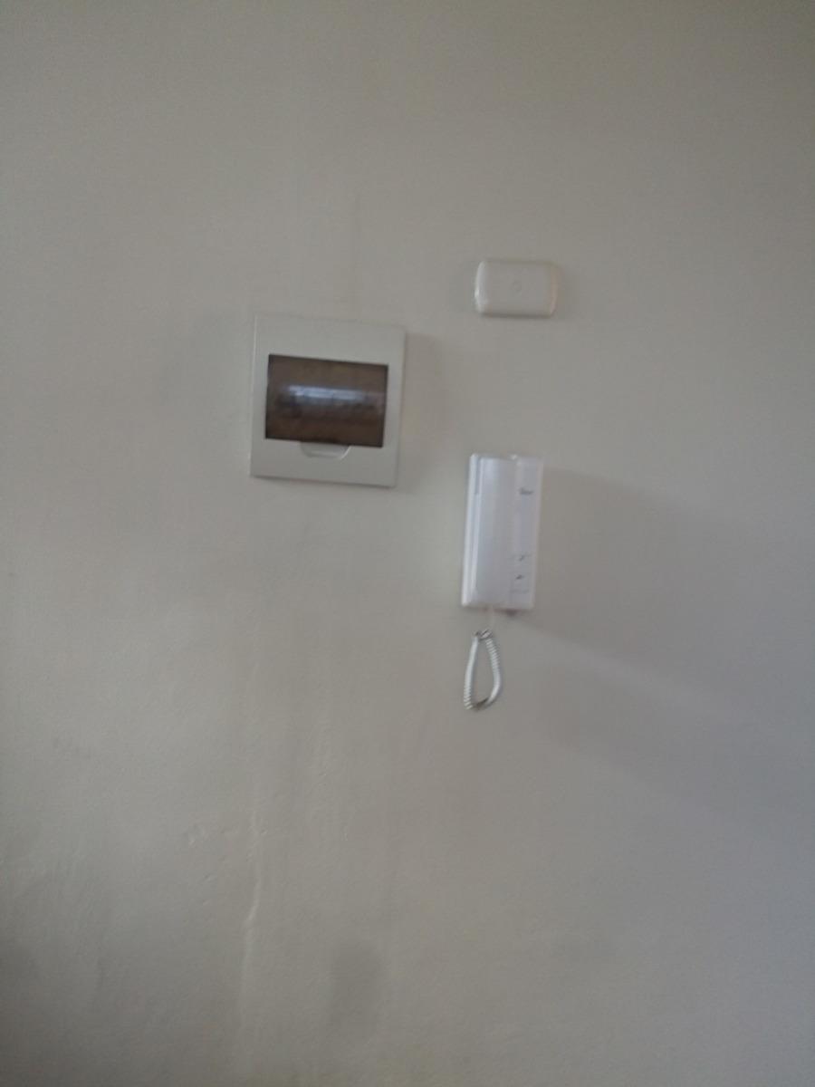 casa independiente -tres pisos en estreno