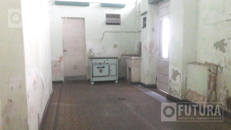 casa interna a la venta a reciclar en  pichincha - no ph