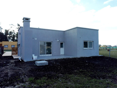 casa interno - pilar del este - san eduardo