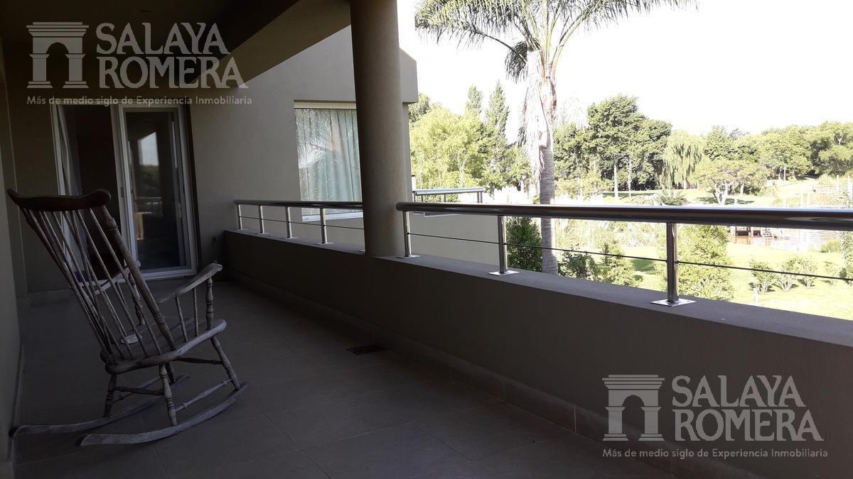 casa - isla santa monica - 5 dormitorios - 3 pisos - playa de arena propia