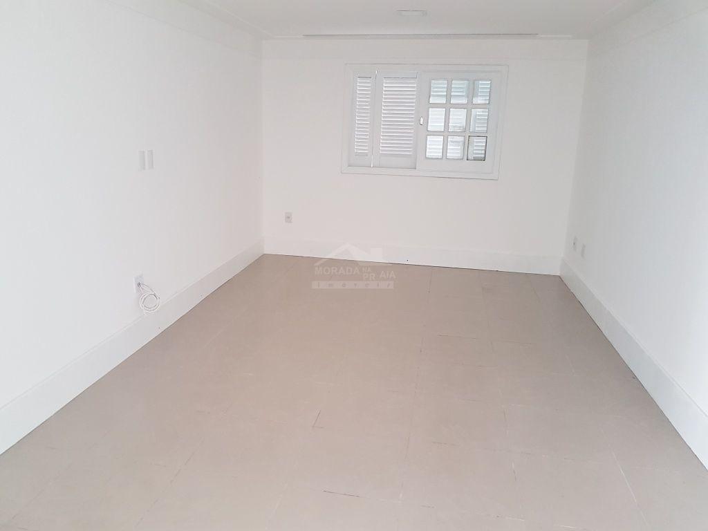 casa isolada de cinema, 4 suítes, edícula, piscina, só na imobiliária em praia grande. - mp8320