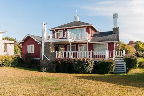 casa la colorada - cálida casa a 1 cuadra del mar!