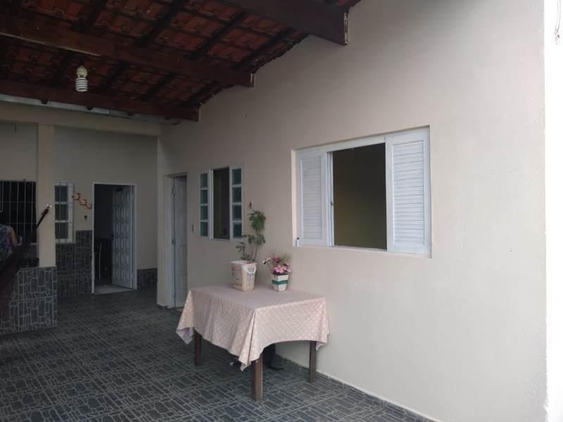 casa lado praia com 3 quartos e escritura