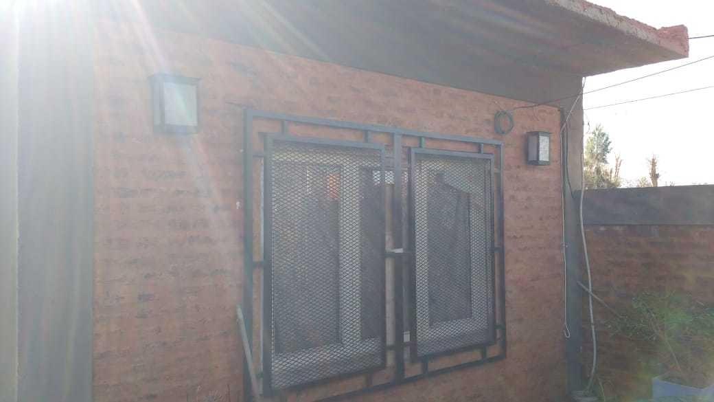 casa linda y económica 3 amb 2 dorm acceso au oeste terreno