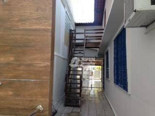 casa linear com área moderna de lazer no miolo de são francisco. - ca0084