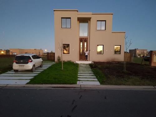 casa llave en mano / financiación 65% de la obra $9800 x m2