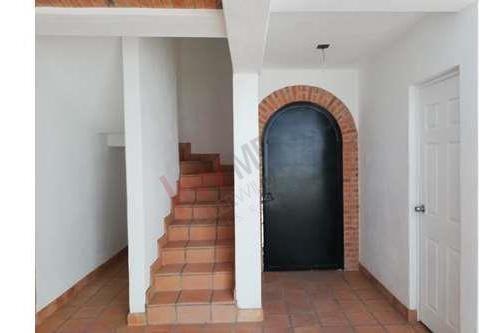 casa loreto rojas