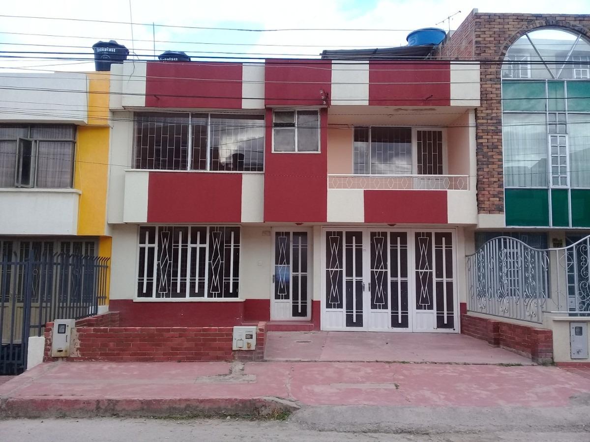 casa lote 2 pisos barrio simon bolivar sogamoso amplia