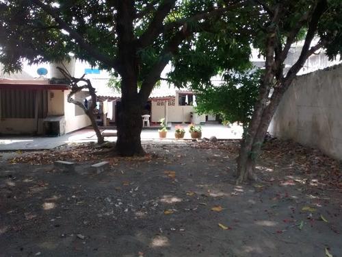 casa - lote en el centro area de 800m2