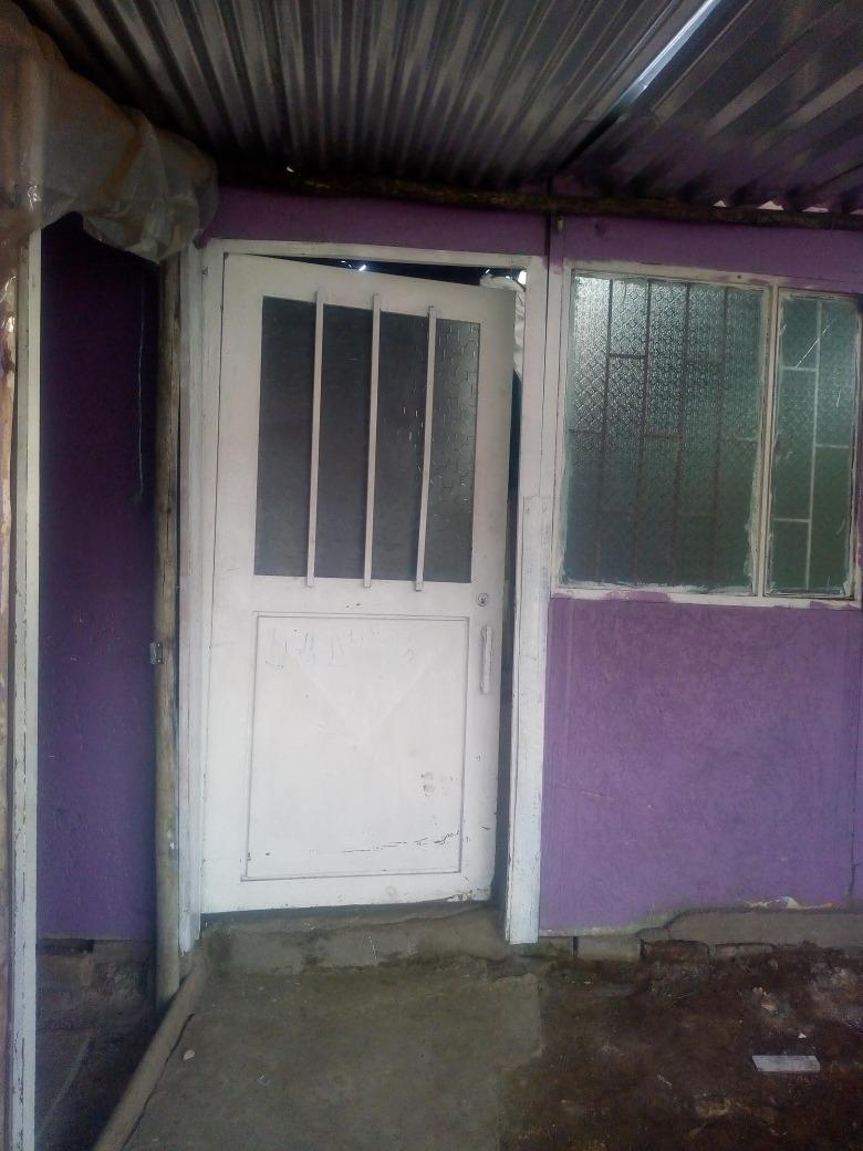 casa lote prefabricada comunicarse al número 3158293302